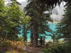 Joffre Lakes - Middle Lake